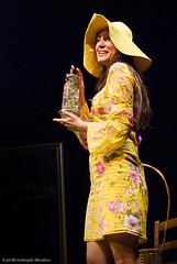 Donne!: Anita Sorano - l'oracolo (Michelangelo Macaluso) Tags: teatro theatre donne sicily anita michelangelo palermo 2008 sicilia maurizio oracolo sorano recitazione spicuzza macaluso montevergini
