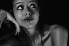 noise (notansanta) Tags: light woman look contrast neck model eyes clavicles