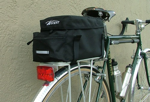 Ascent rack trunk