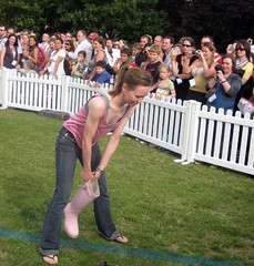 Welly Wanging 3 - Innocent Village Fete 2008