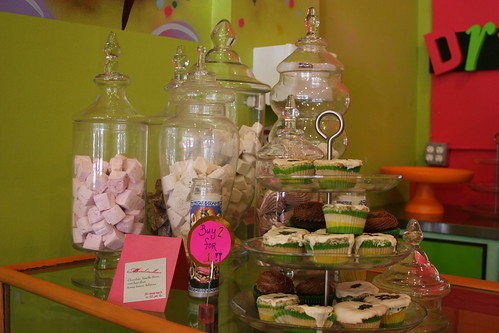 Marshamallows and discount cupcakes
