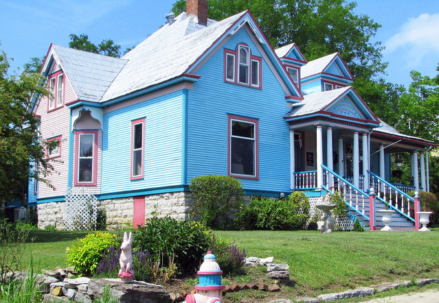 Colorful House in Wartrace, TN