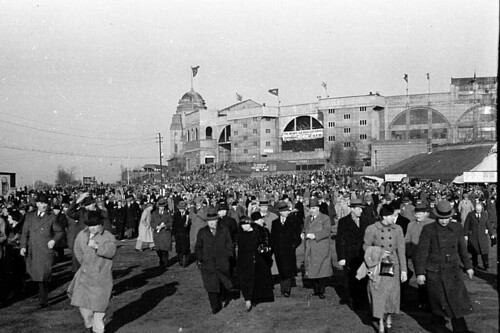 old trip travel famille england 35mm foot football scan souvenir histoire match oldpictures agfa ru stade wembley ancienne années30 mémoire lot11 angleterr vouage pellicule1 about1935