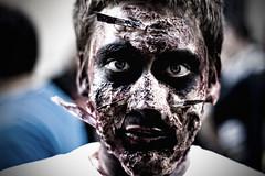 *Hurmmmm....* (Daniel PdlP) Tags: portrait canon dead eos blood zombie retrato terror muertos undead zombies 2008 sitges sangre 08 zombi zombis zombiewalk zombiearmy 400d rebelxti nomuertos muertosvivientes festivalinternacionaldecinemadecatalunya festivalinternacionaldecinedecataluña mallorcazombie
