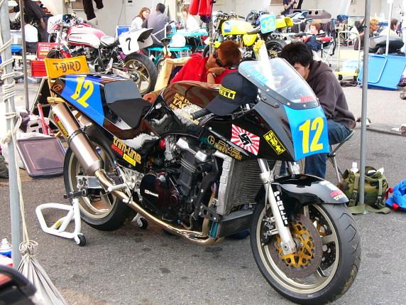 Kawasaki GPZ-R 900 et 750, 1000 RX, ZX 10 TOMCAT 3042356998_59a25ef999_o