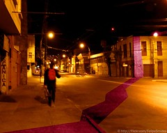 Cualquier lugar se deja conocer. (Felipe Smides) Tags: chile road street city travel light music me night photoshop known libertad freedom luces noche calle yo ciudad caminos viajes msica valparaso felipe caminante reincidentes i conversaciones aplusphoto smides funfanphotos felipesmides carolprez