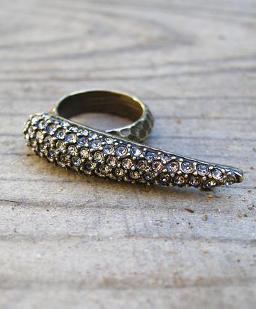 talon-knuckle-ring-0a