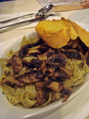 Pasta with mushroom@Charcoal