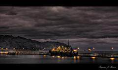 Otro da gris... (Francisco J. Marrero) Tags: puerto muelle mar barco canarias triste tenerife nublado oscuro