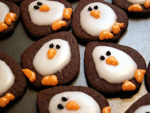 Family penguin cookies 001