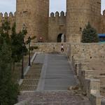 Avila: Muralla, Puerta del Puente