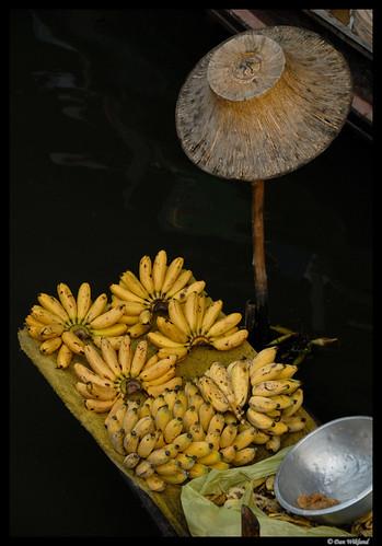 Floating market bananas