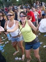 Image00182 (RodrigoFavera) Tags: girls people hot sexy beauty portraits dance pretty moments dancing models smiles buzios sensual psytrance rave openair momentos hapiness ravers gostosa sorrisos danca riodejanerio expontaneous rebolation favera sunglassfavera