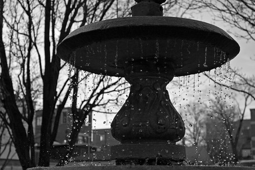 Fountain in Lincoln Park