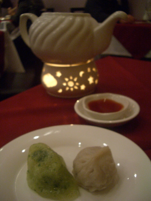 Steamed dumplings at Purple Sands