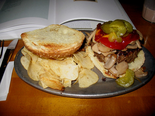 Mr. Bartley's Burger Cottage (4)