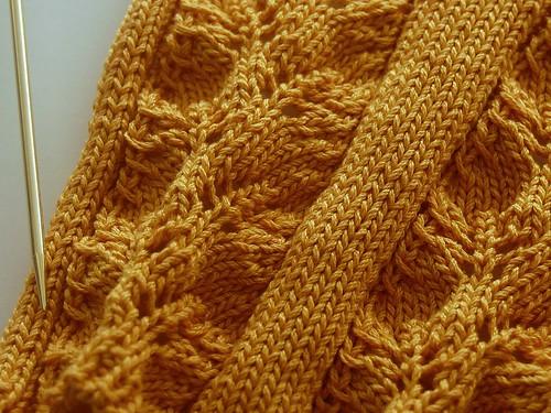 gold addis and yarn
