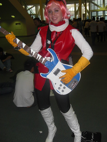 Haruko Cosplayer, She Actually Plays Bass