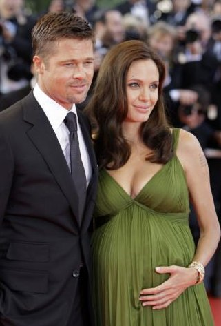 Angelina Jolie Pregnant with Brad Pitt