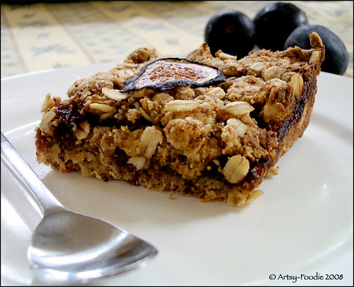 Oat Fig Bars with figs