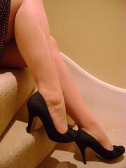 Arty tease (Legadmirer2) Tags: legs heels seams