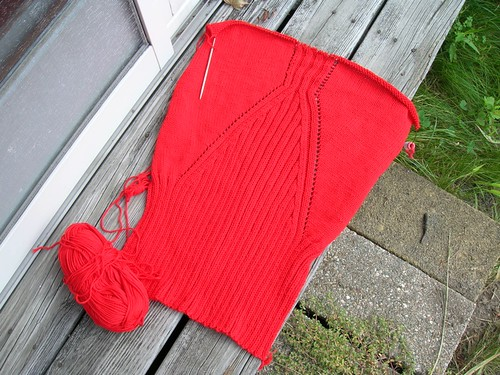 Apricot Jacket ... in red (by aswim in knits)