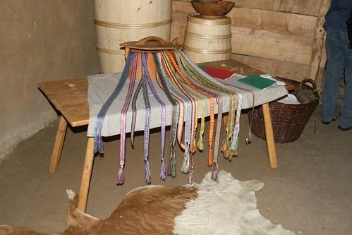 Kunstvolle Borten für die Wikingertracht mit Saskia Sobbe - Museumsfreifläche Wikinger Museum Haithabu 30-08-2008