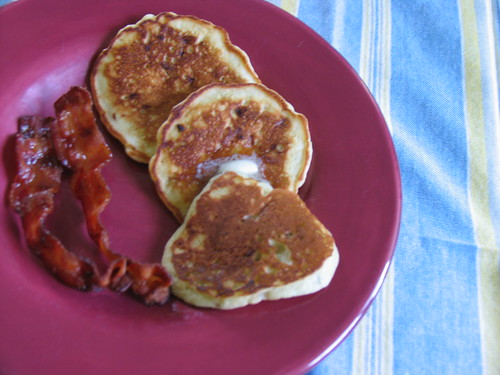 Tasty Mornings: Banana Pancakes