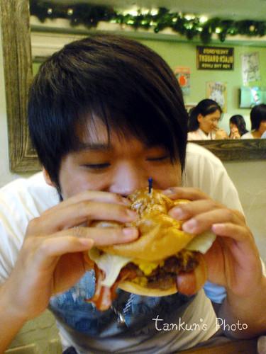 JUMBO大漢堡
