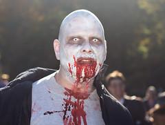 Toronto Zombie Walk, 2008 (Mute*) Tags: toronto festival costume blood zombie makeup parade horror undead afterdark stench zombiewalk 430ex