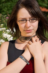 Noxious, more photos (Laenulfean) Tags: portrait girl beautiful glasses model pretty young shooting merle noxious