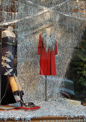 Anthropologie Vacuum Tinsel Display (platinumblondelife) Tags: christmas nyc holiday shop silver shopping store mess display vacuum rockefellercenter clean tinsel anthropologie storewindow windowdisplay vac christmasdisplay