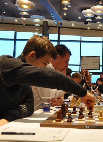 Carlsen moves
