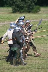 IMG_5373 (jgmdoran) Tags: canon flags archer reenactment 2007 militaryodyssey platemail lancastrians billhook arquebus waroftheroses highmedieval yorkists