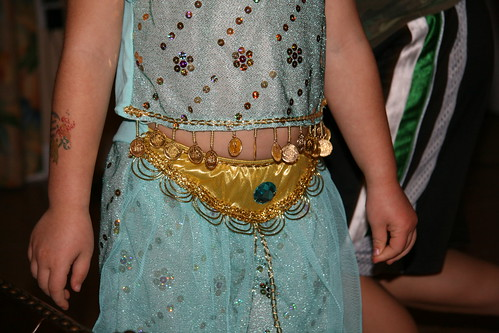 Dova's belly in her Princess Jasmine costume