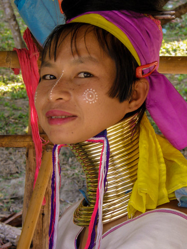 """Padong """"Long necked"""" tribe near Chiang Mai"""