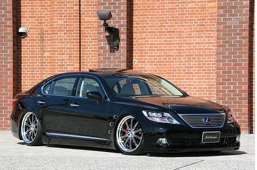 lexus with rims