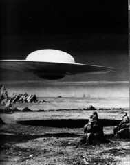majestic flying saucer (kevkerkev) Tags: mars weird flying acid ufo planet flyingsaucer outerspace saucer bmovie serieb
