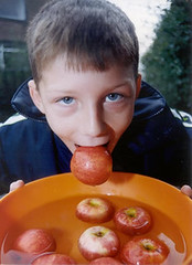 boywithapple (jouk45) Tags: pictures animated animations waterworks