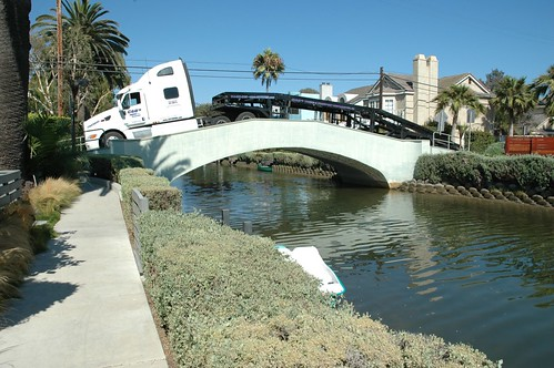 high centered truck venice canals