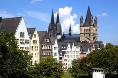 Colonia - Fischmarkt, St Martin und Dom (Xver) Tags: germany deutschland europa europe dom catedral cologne kln stmartin alemania colonia fischmarkt nikond40