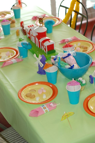 birthday party decorations. Word World Birthday Party