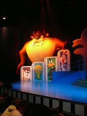 Movie World (phempsall) Tags: show park rabbit bunny bird duck australia bugs qld queensland devil rides daffy tweety daffyduck themepark warnerbros bugsbunny movieworld goldcoast tasmanian looneytunes tweetybird warnerbrosmovieworld tassiedevil oxenford
