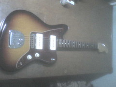 what d ya think ? (the eleven store) Tags: fucking hahahaha jazzmaster