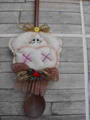 MELL (TELMELITA) Tags: galinha country artesanato boto fuxico patchwork cozinha tecido vaquinha porquinho trabalhomanual colherdepau palhadacosta
