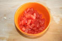 17 - Tomaten häuten und würfeln