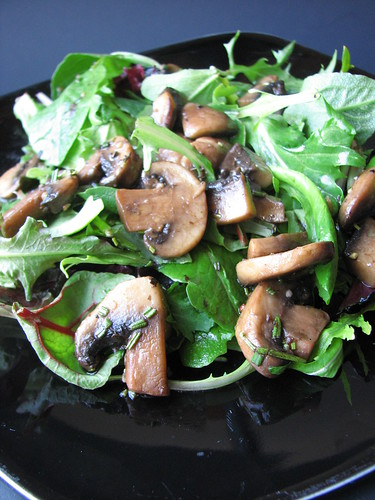 Field Greens with Warm Mushroom Rosemary Dressing