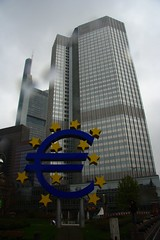 Rainy BCE (sterte) Tags: rain skyscraper germany deutschland euro arcitecture grattacielo pioggia architettura germania bce frankfut francoforte centraleuropeanbank