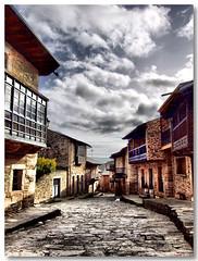 Puebla_Sanabria_Rua05 (vmribeiro.net) Tags: street españa geotagged calle spain espanha rua puebladesanabria sanabria anawesomeshot aplusphoto geo:lon=663468 geo:lat=42054701