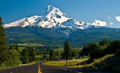 Mount Hood from Oregon Route 35 (Paul Swortz) Tags: usa oregon 2008 swortz oregonjune2008